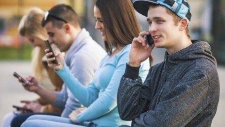 Nederlandse regering beschouwt mobiel internet als basisbehoefte